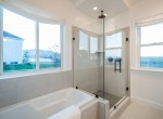 Master-Bathroom_high_2751957-1200x800